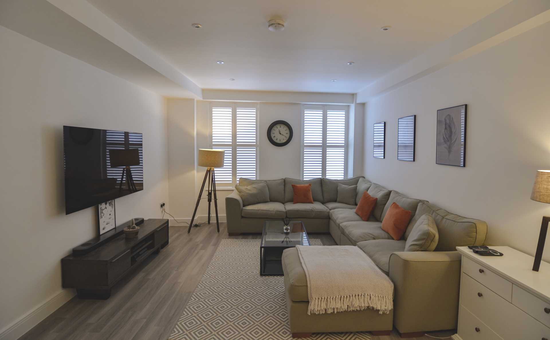 Luxury 2 bedroom apartment, first floor,  Impeccable throughout in the heart of St Helier